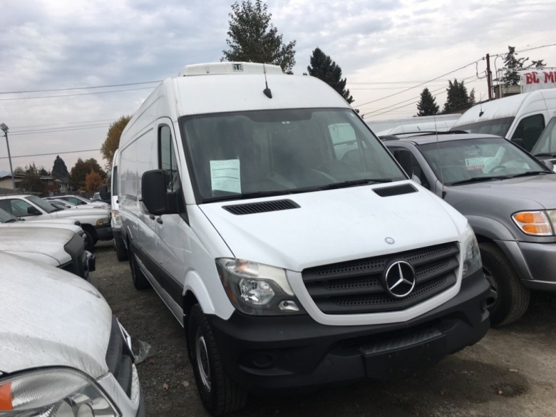 Mercedes-Benz Sprinter 2014 price $38,900