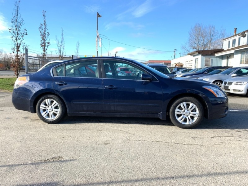 Nissan Altima 2011 price $7,900