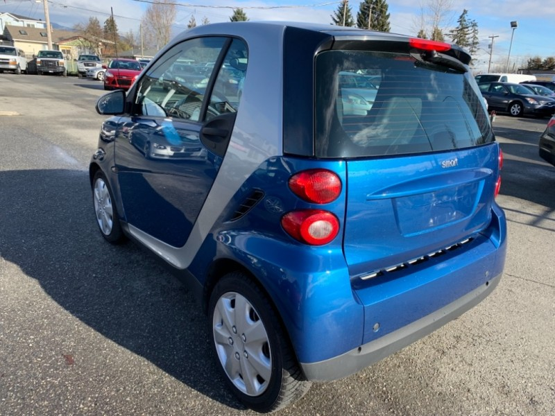 Smart fortwo 2009 price $4,900