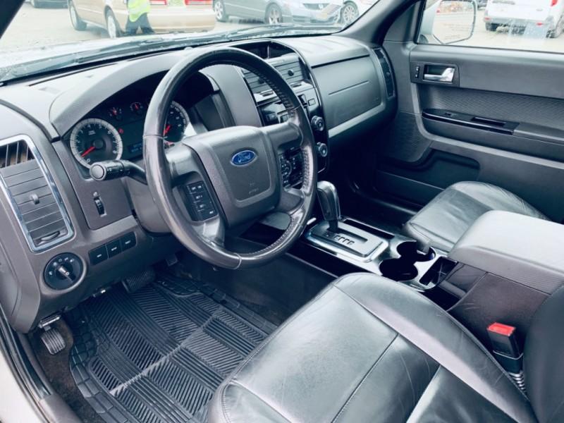 Ford Escape 2009 price $9,900