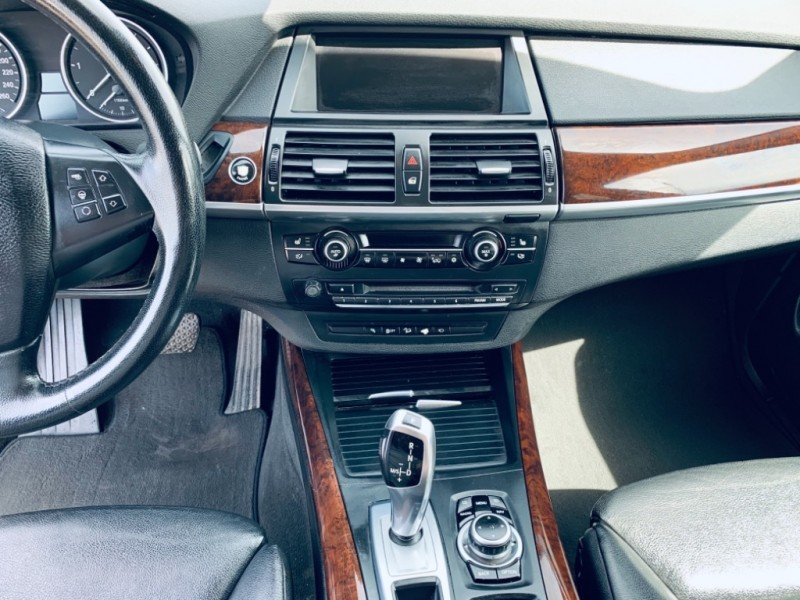 BMW X5 2011 price $16,900