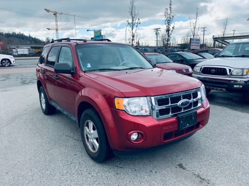 Ford Escape 2009 price $9,900