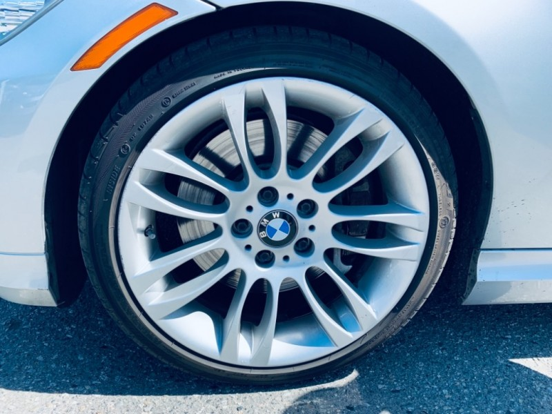 BMW 3-Series 2011 price $16,900