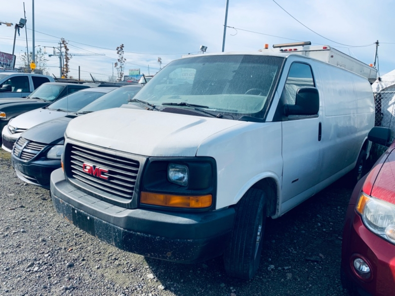 GMC Savana Cargo Van 2010 price $10,700