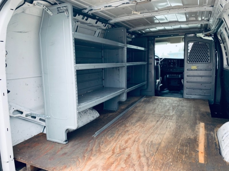 GMC Savana Cargo Van 2013 price $15,900
