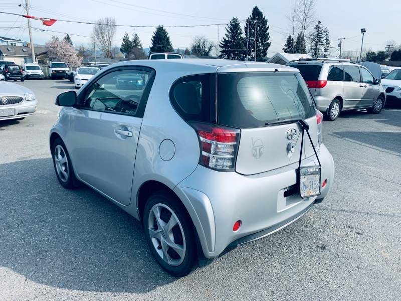 Scion iQ 2014 price $7,700