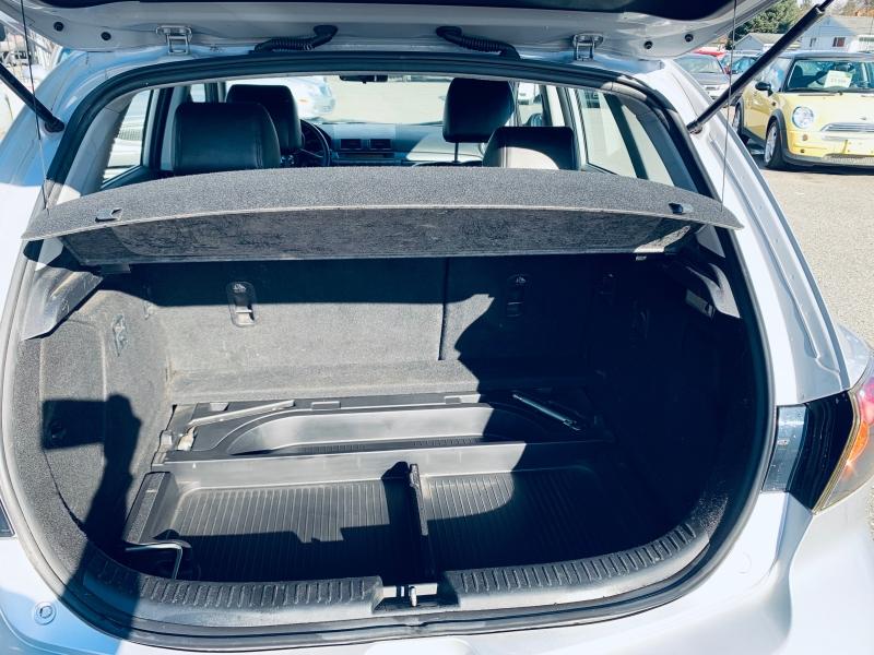 Mazda Mazda3 2004 price $3,900