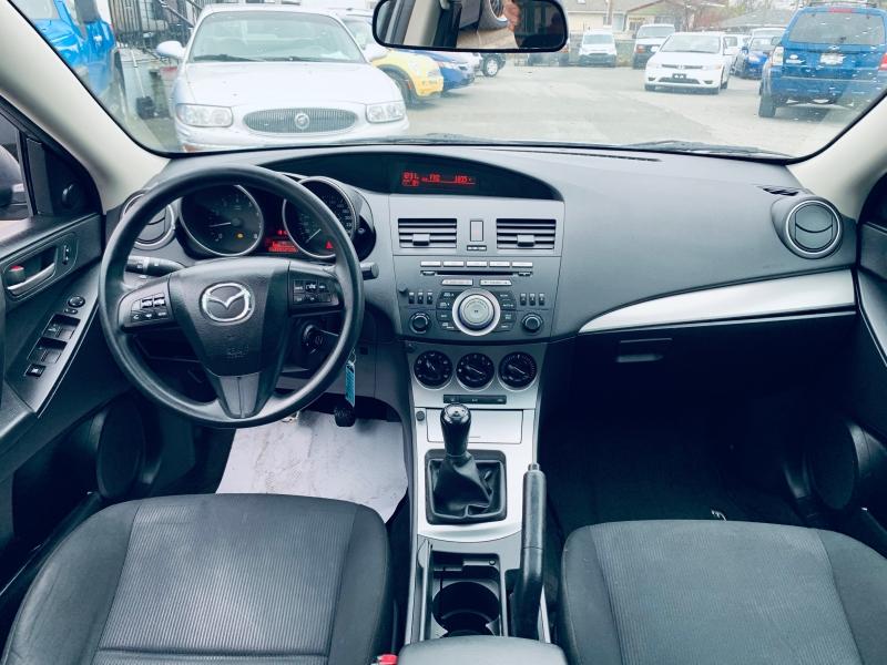 Mazda Mazda3 2010 price $4,700