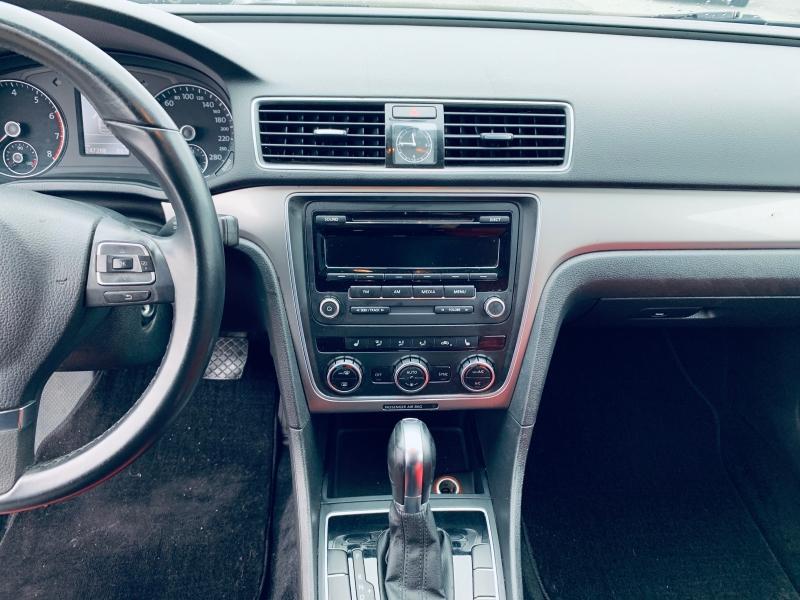 Volkswagen Passat 2014 price $5,700