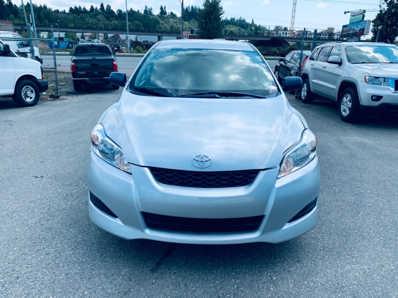 Toyota Matrix 2010 price $3,700
