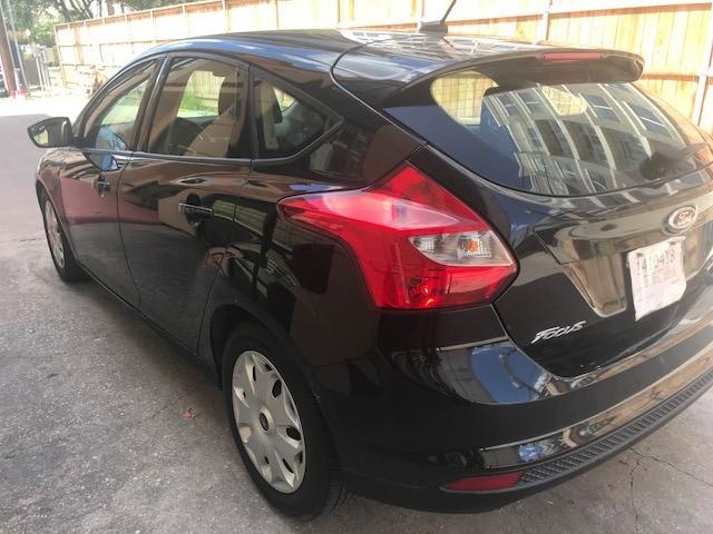 Ford Focus 2012 price $4,499
