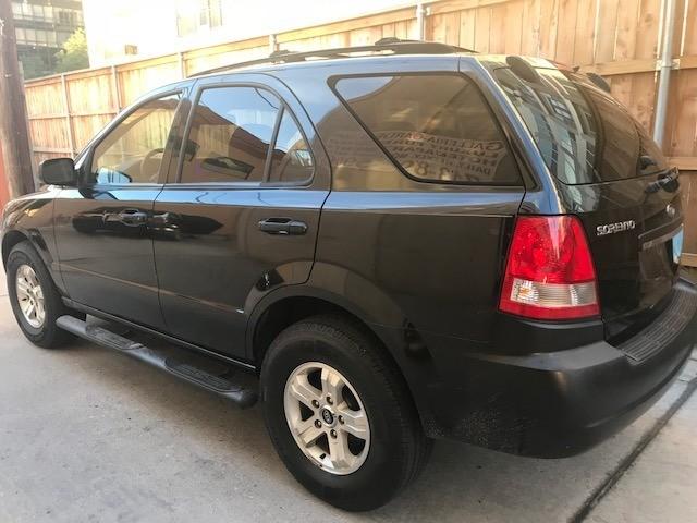 Kia Sorento 2005 price $3,299