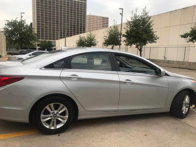 Hyundai Sonata 2013 price $7,399