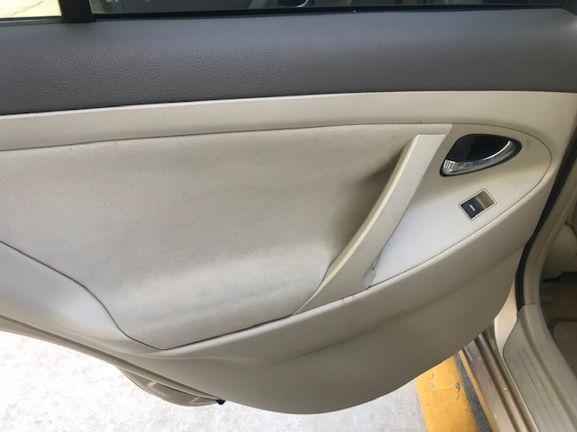 Toyota Camry 2010 price $5,799