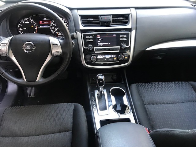 Nissan Altima 2018 price $10,799