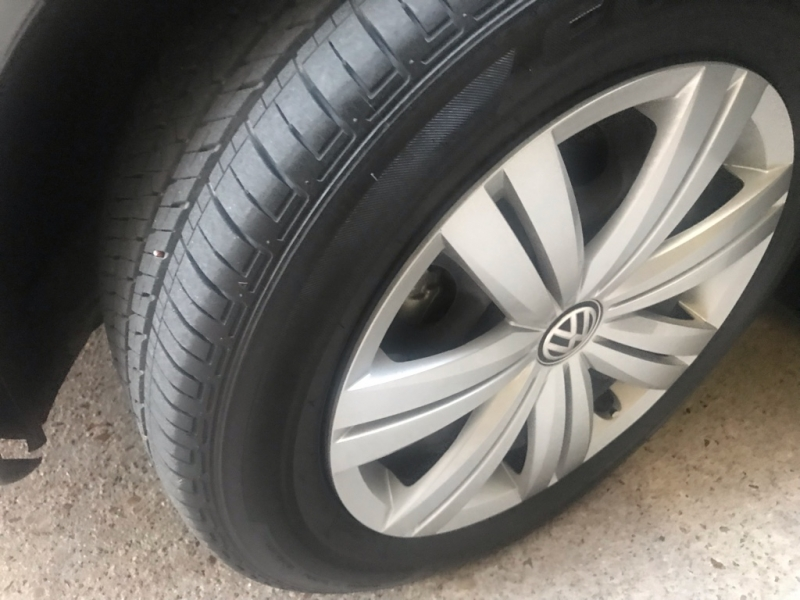 Volkswagen Jetta 2017 price $9,399