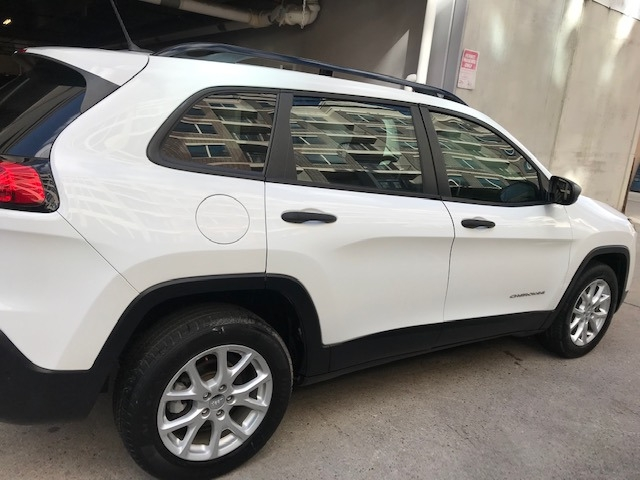 Jeep Cherokee 2015 price $9,499