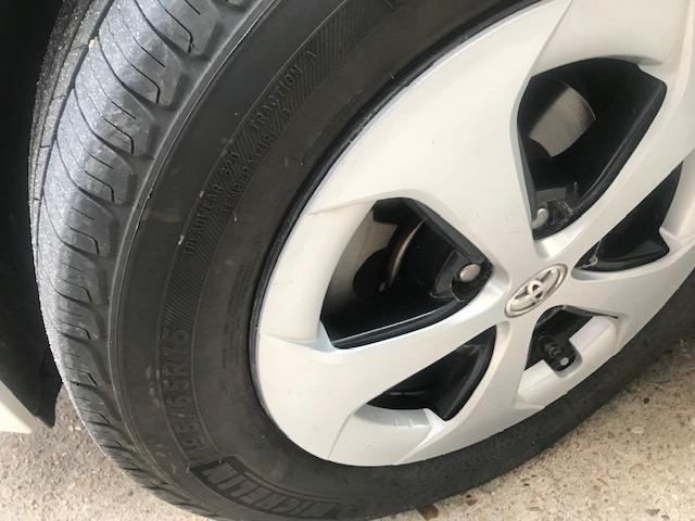 Toyota Prius 2012 price $7,799