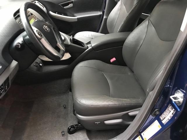 Toyota Prius 2010 price $5,299