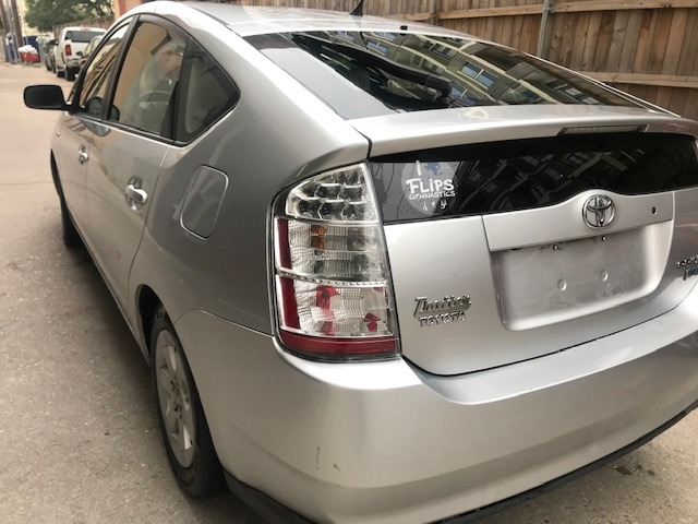 Toyota Prius 2009 price $4,699