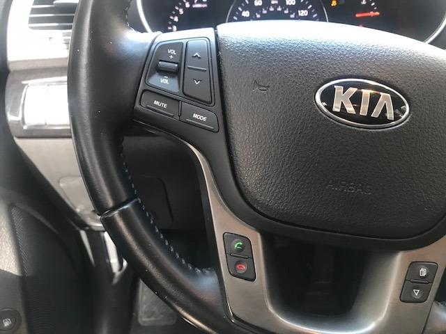 Kia Sorento 2015 price $9,299