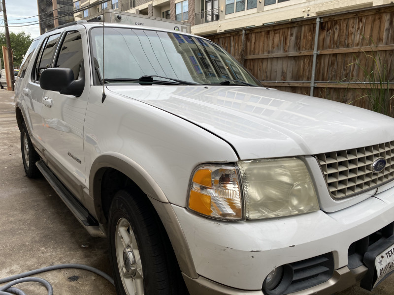 Ford Explorer 2002 price $3,199