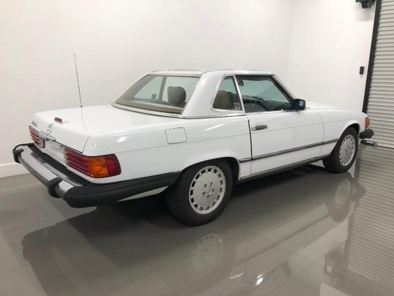 Mercedes-Benz 560 Series 1989 price $11,000