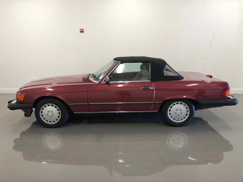 Mercedes-Benz 560 Series 1989 price $16,500