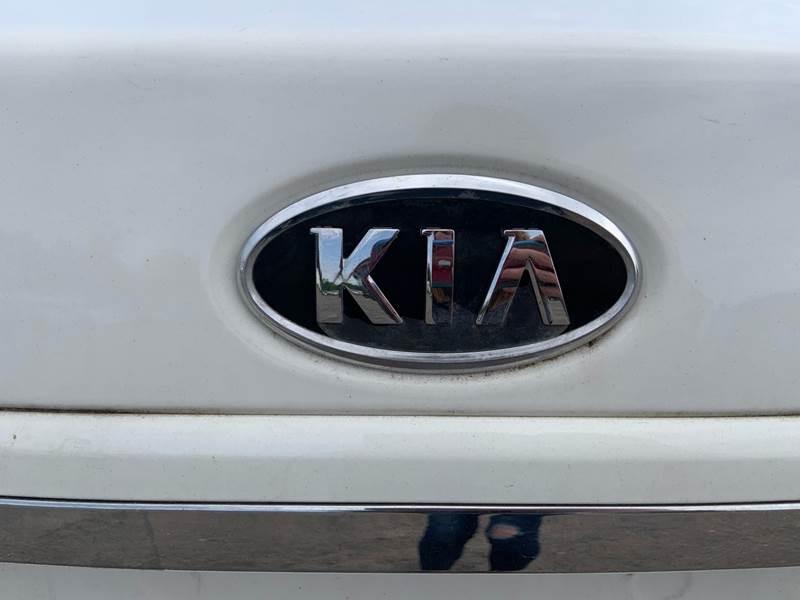 Kia Spectra 2009 price $4,995