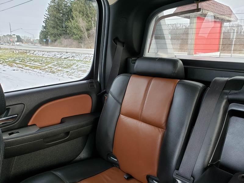 Chevrolet Avalanche 2008 price $14,995