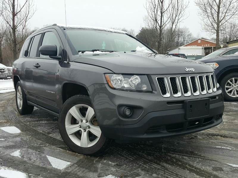 Jeep Compass 2015 price $10,995