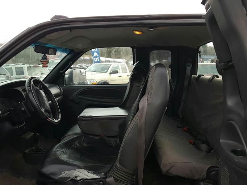 Dodge Ram Pickup 2500 2002 price $6,995