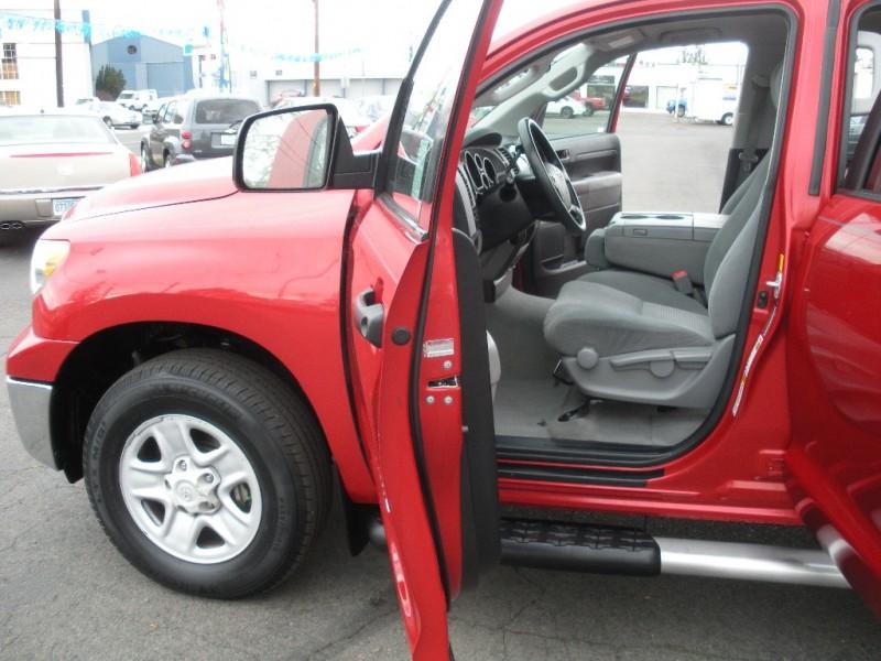 Toyota Tundra 4WD Truck 2011 price $19,999