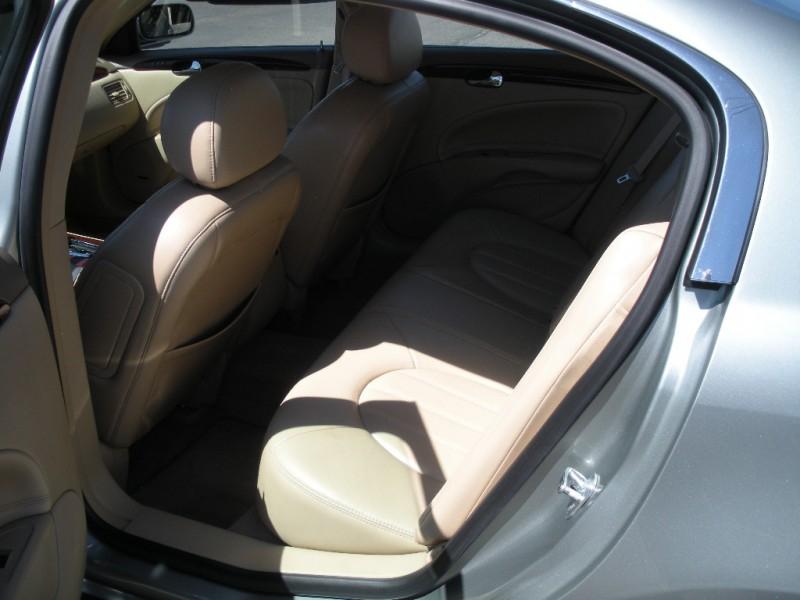 Buick Lucerne 2006 price $6,999