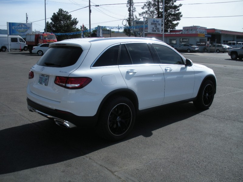 Mercedes-Benz GLC 2016 price $34,999