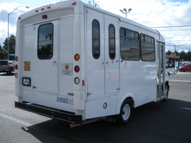Ford Econoline Commercial Cutaway 2011 price $9,999
