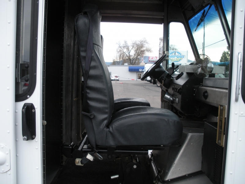 Ford Econoline Commercial Chassis 2006 price $8,999