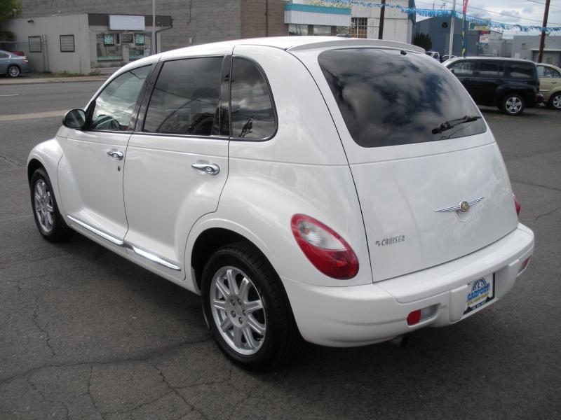 Chrysler PT Cruiser Classic 2010 price $4,999