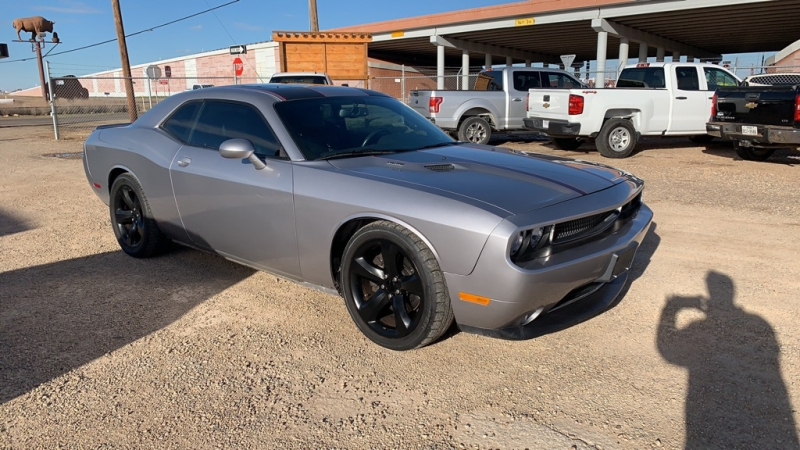 DODGE CHALLENGER 2013 price $18,975