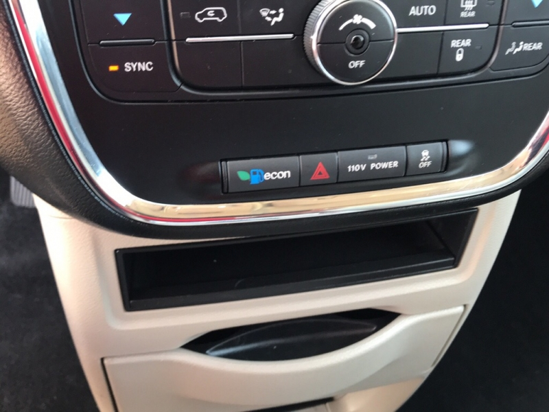 CHRYSLER TOWN & COUNTRY 2012 price $8,975