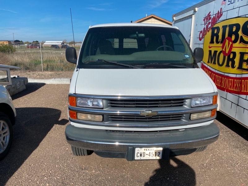 CHEVROLET EXPRESS G3500 2000 price Call for Pricing.