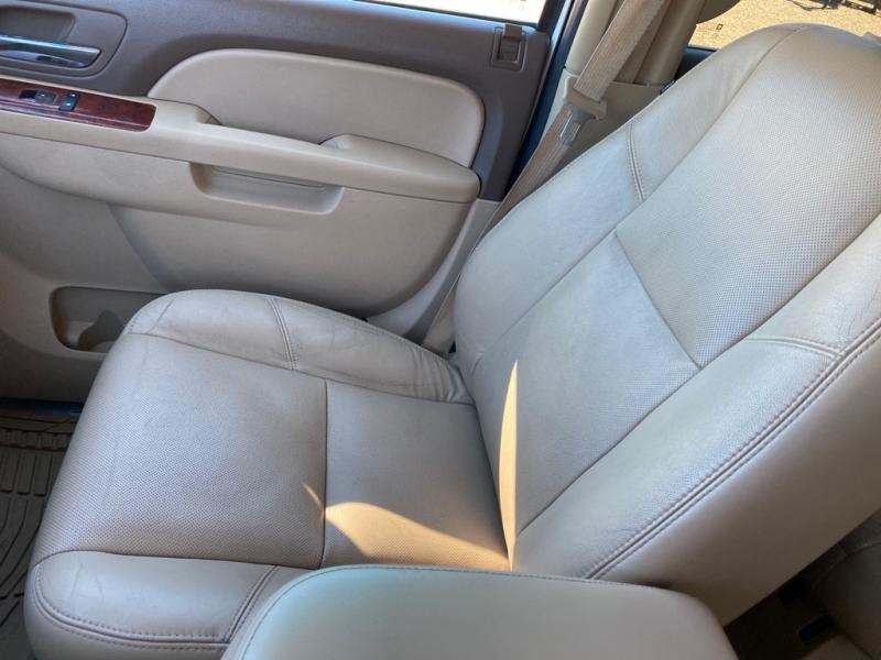 CHEVROLET SUBURBAN 2010 price $9,950