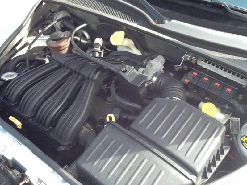 Chrysler PT Cruiser 2005 price $3,995