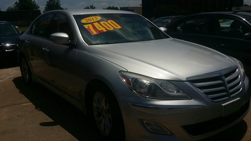 Hyundai Genesis 2013 price $5,900