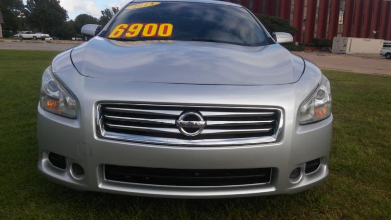 Nissan Maxima 2013 price $5,900