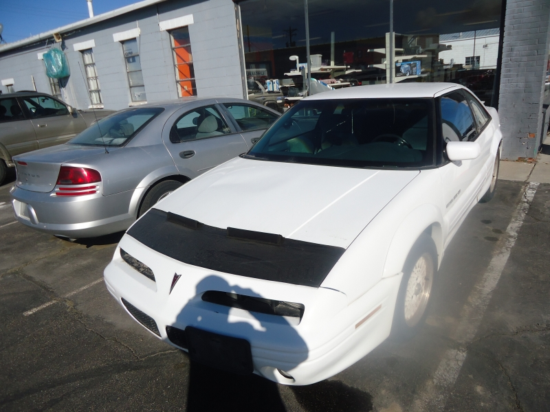 Pontiac Grand Prix 1994 price $2,995