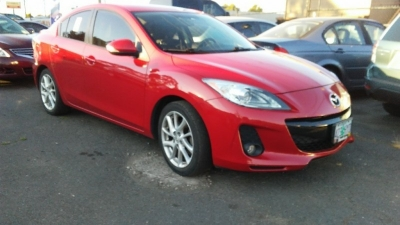 2012 Mazda Mazda3 4dr Sdn Man s Grand Touring