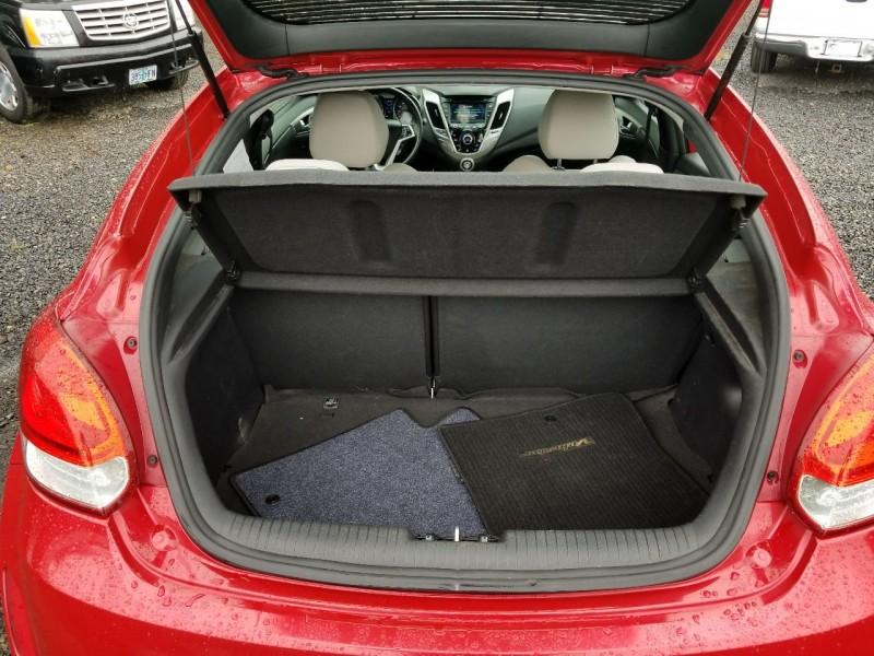 Hyundai Veloster 2012 price $8,777