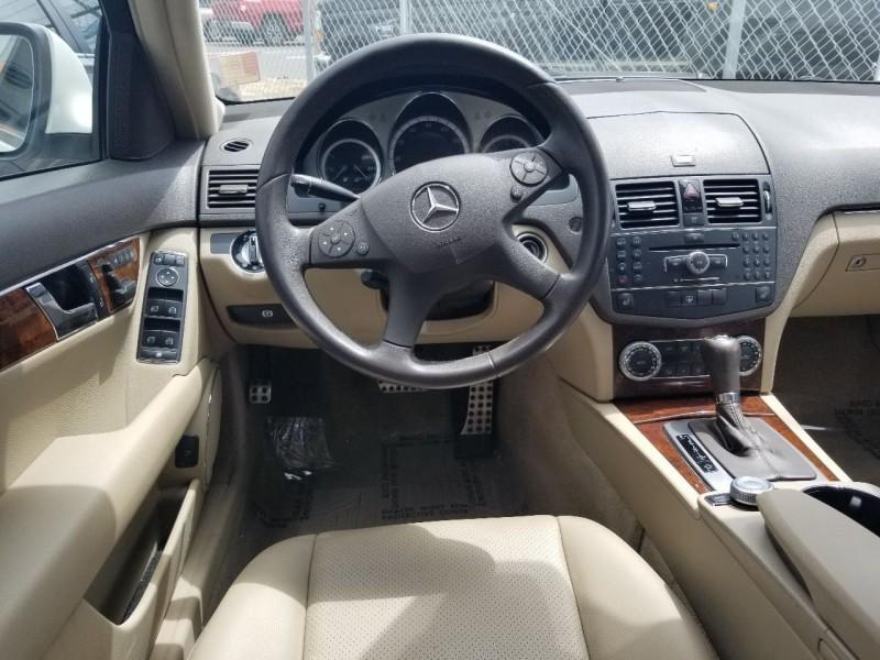 Mercedes-Benz C-Class 2009 price $8,879