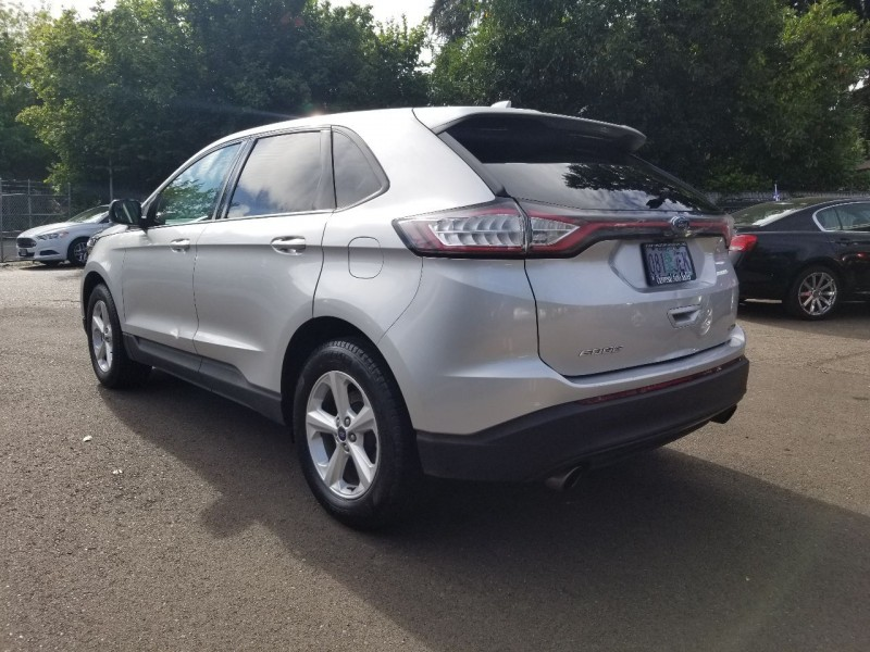 Ford Edge 2015 price $18,777